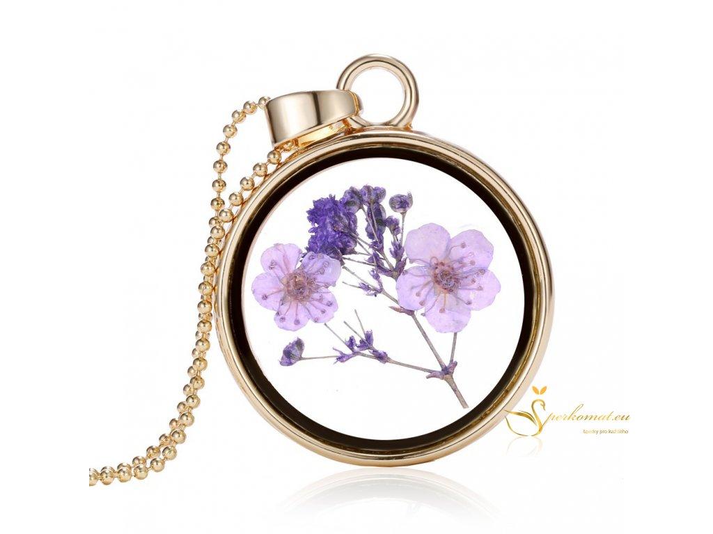 Skleněný náhrdelník s květinou uvnitř