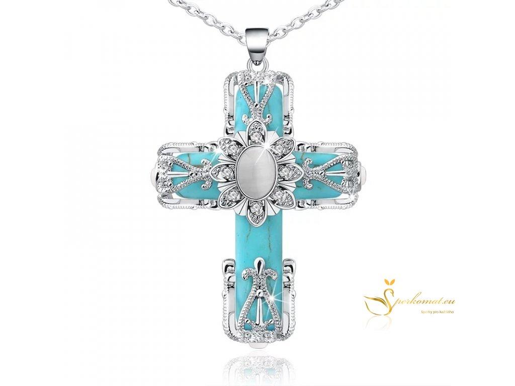 Luxusně zdobený kříž