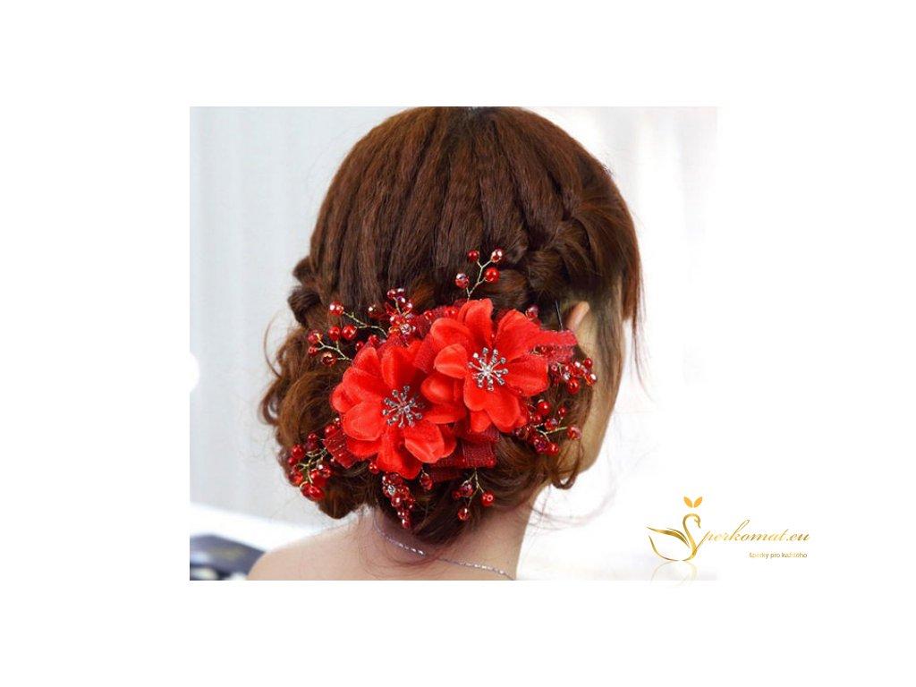 červená ozdoba do vlasů