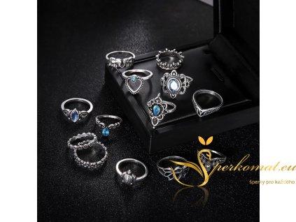 Sada třinácti vintage prstenů pro štěstí1