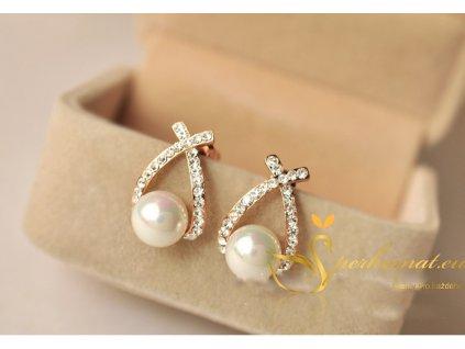 Náušnice s perlou (imitace) v zlaté barvě