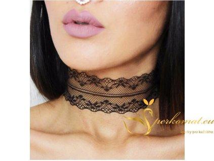 černý krajkový náhrdelník