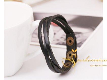 Černý kožený náramek