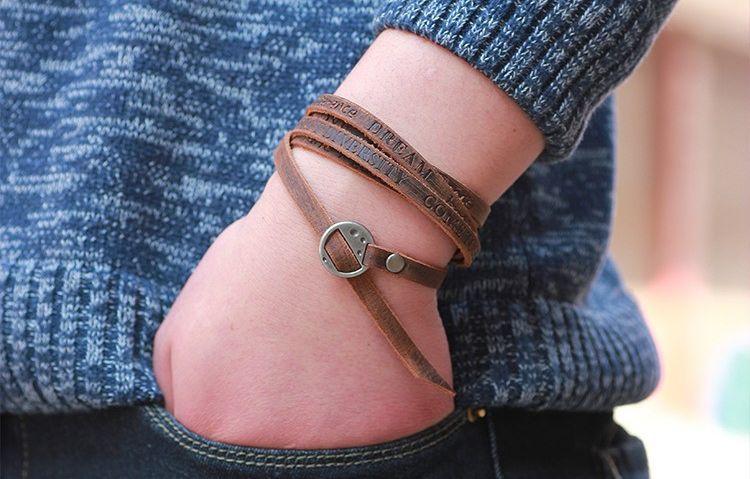 Moderní unisex kožený pásek na ruku