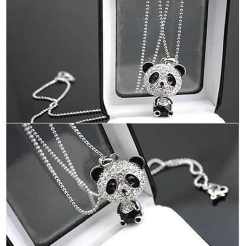 Krásná panda jako náhrdelník
