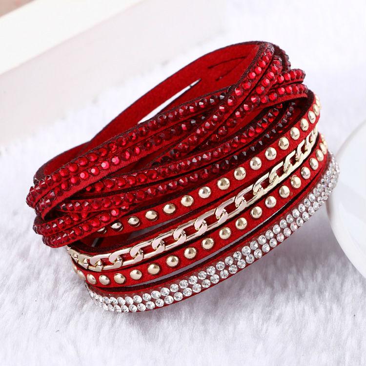 Vícevrstvý kožený náramek pro ženy - červený