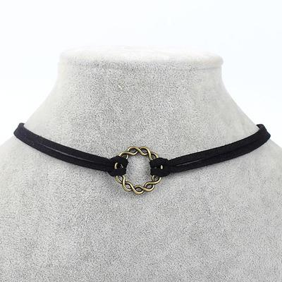Kožený náhrdelník s přívěškem kruh