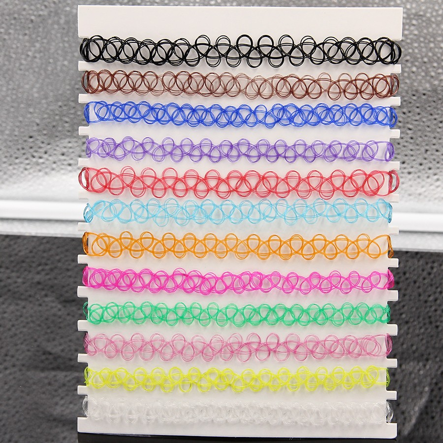 Souprava 12 barevných elastických tatoo chokerů.