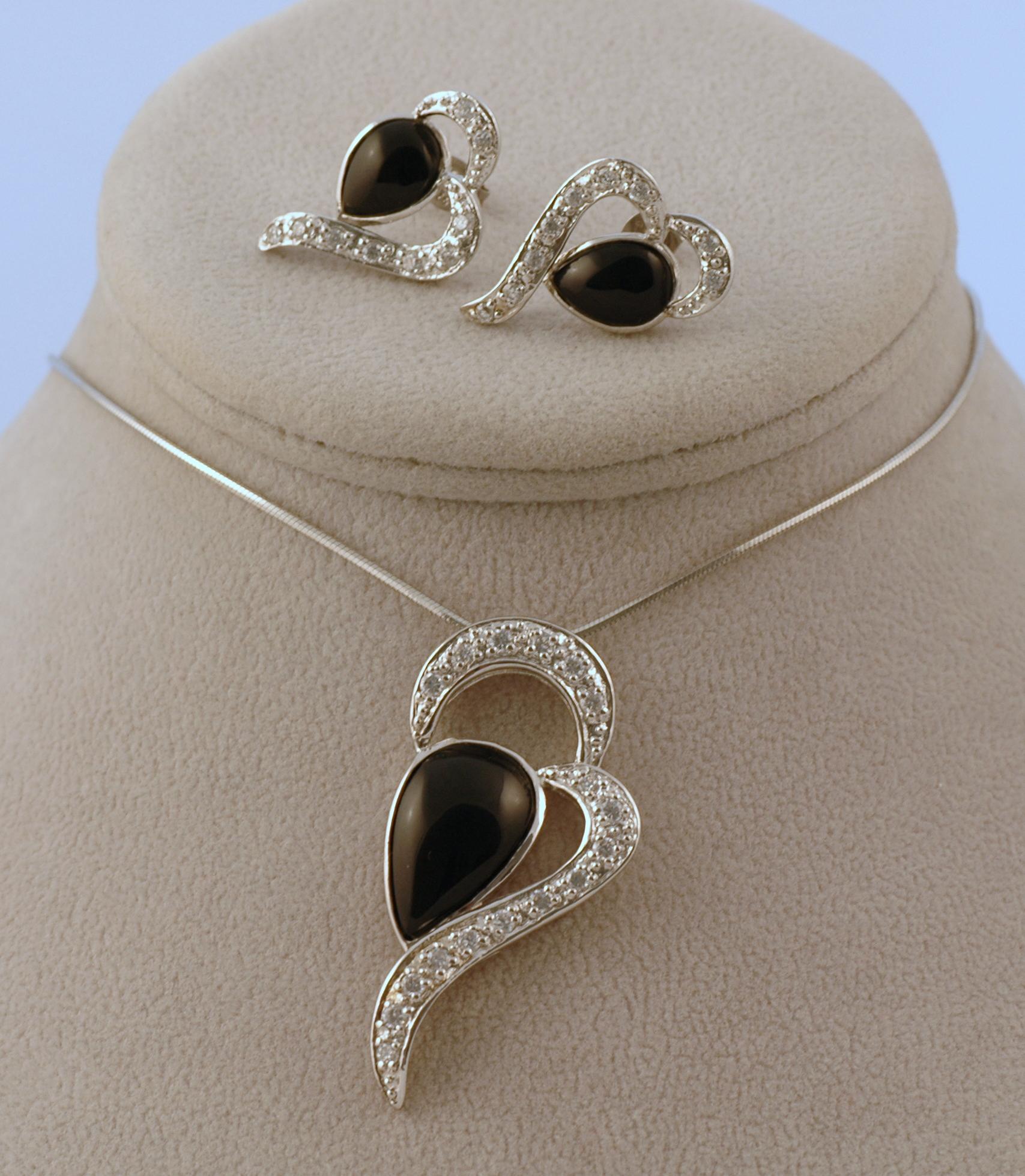 Soupravy stříbrných šperků