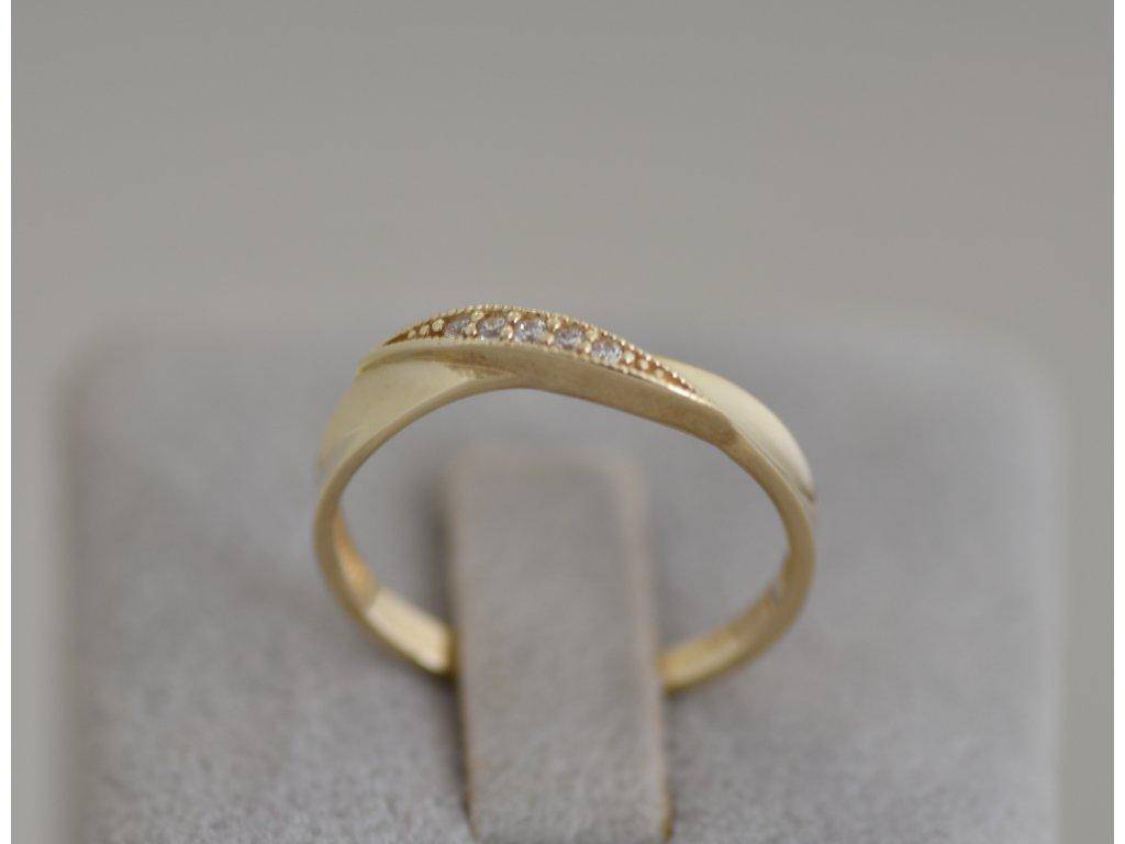 Zlatý prsten Lia 7