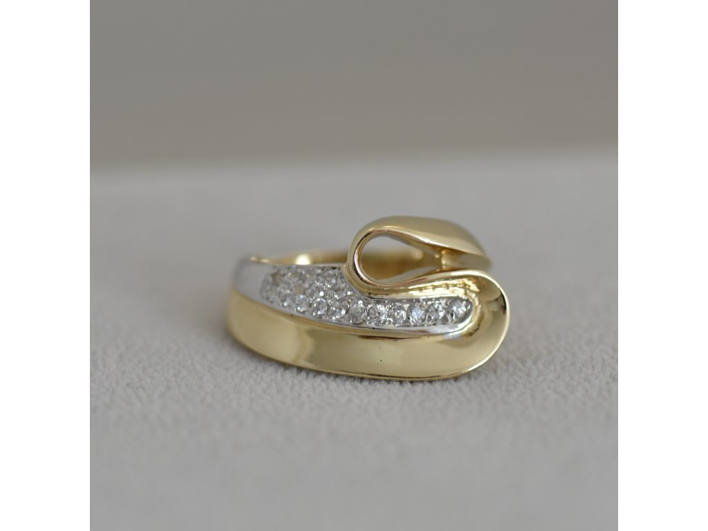 Zlatý prsten Lia 10