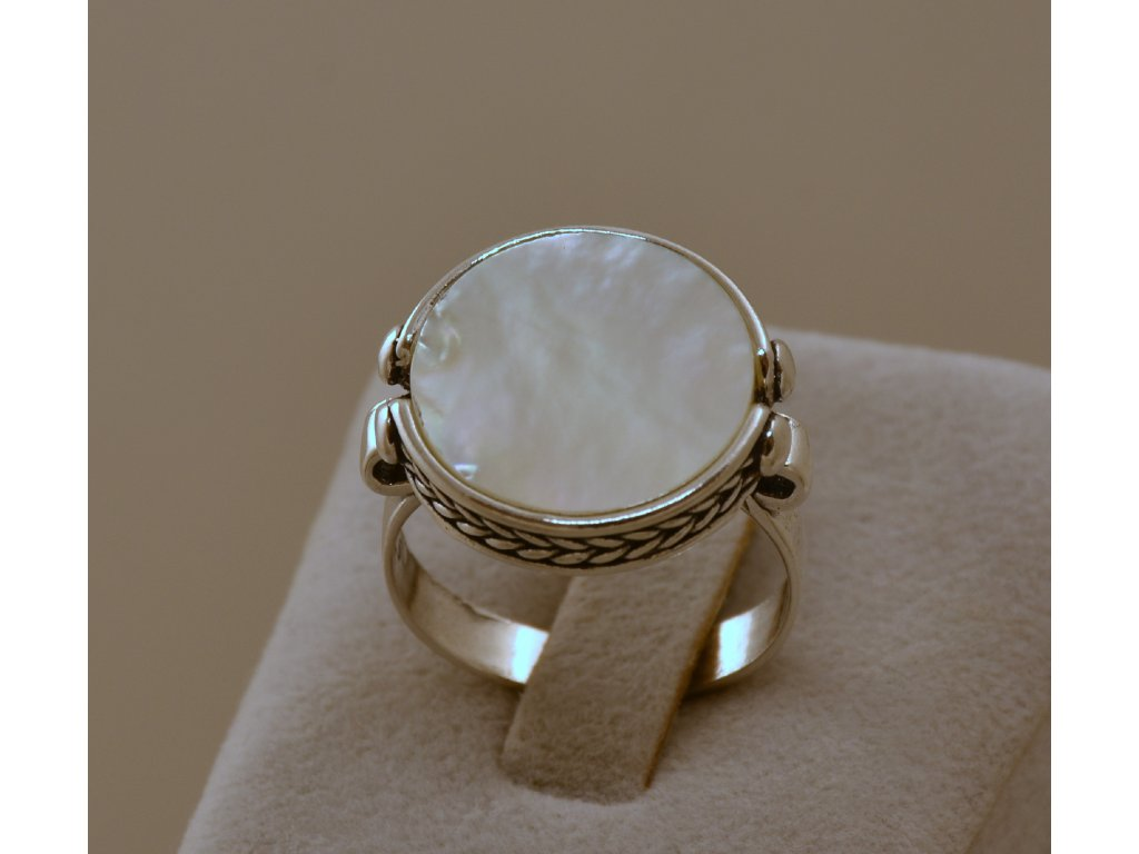 Stříbrný prsten Nala Pearl