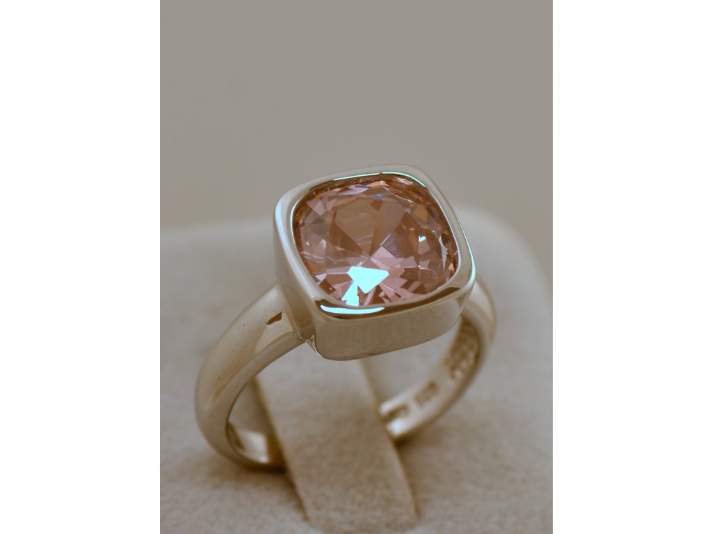 Stříbrný prsten Lara