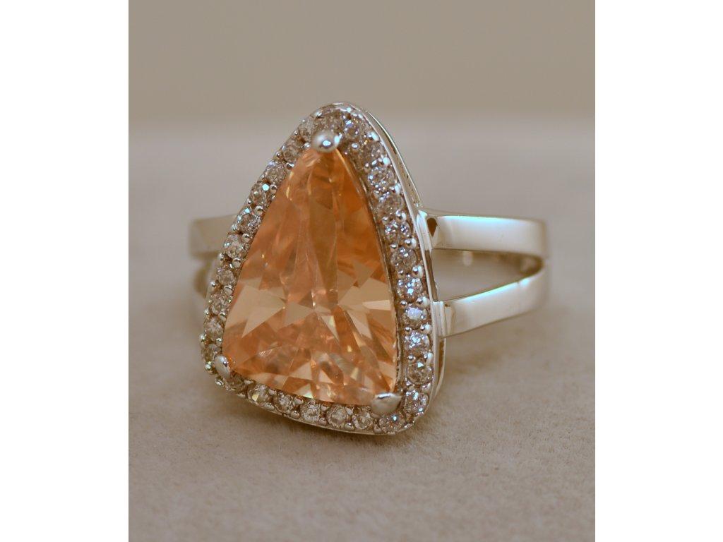 Stříbrný prsten Tara