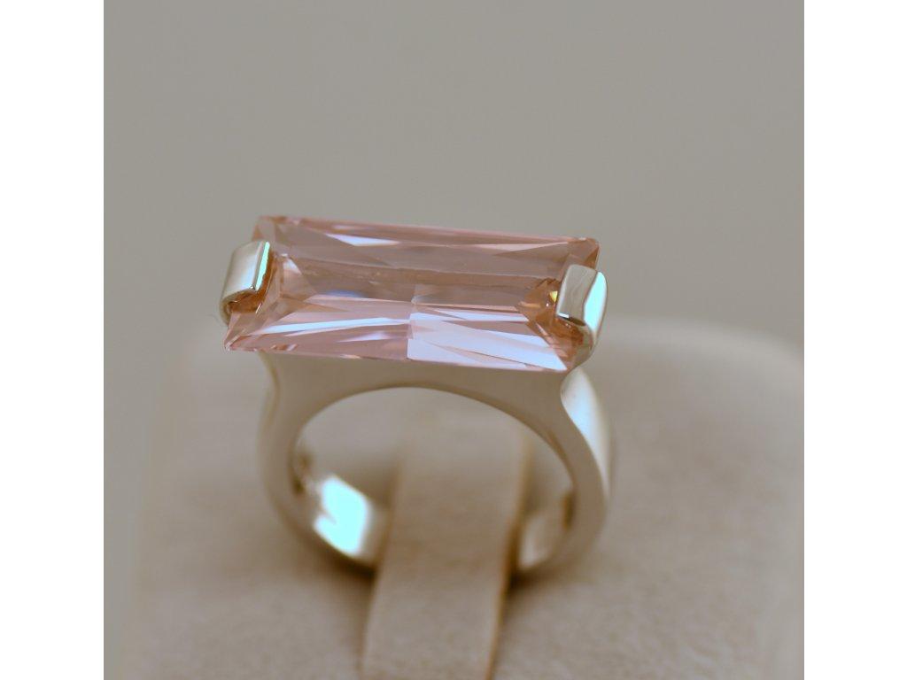 Stříbrný prsten Gita