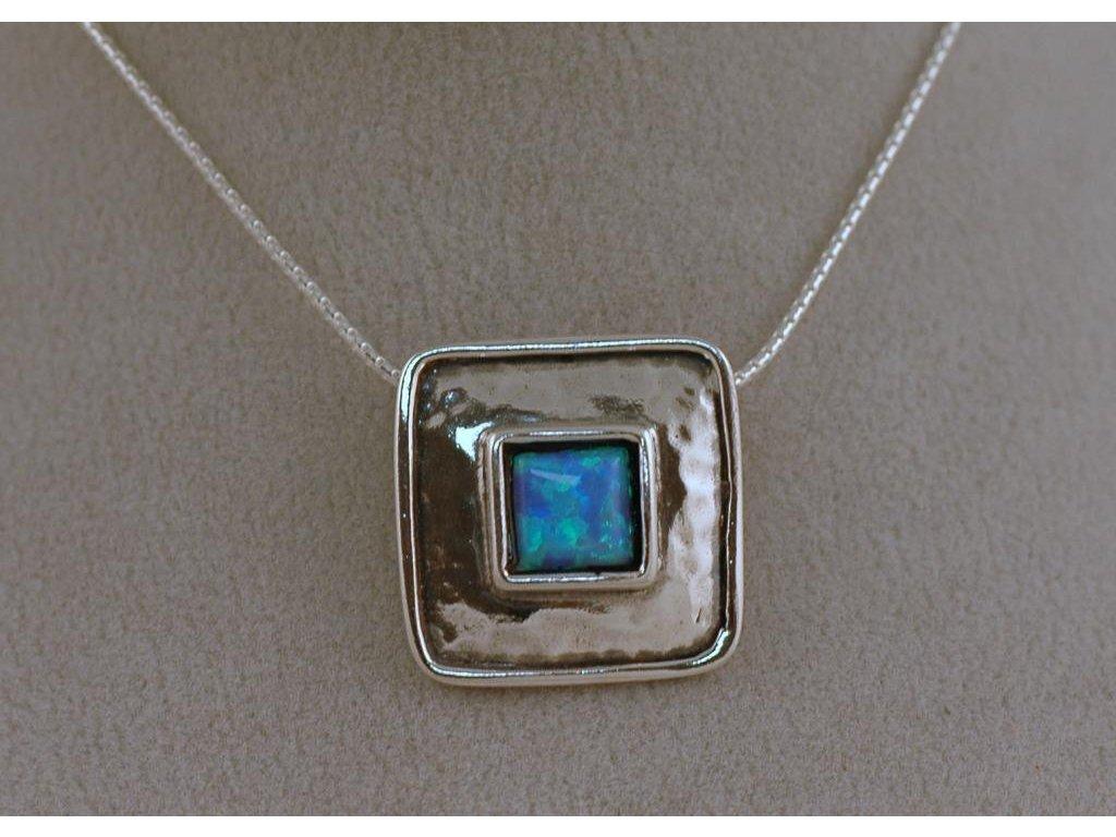 Stříbrný náhrdelník Gema