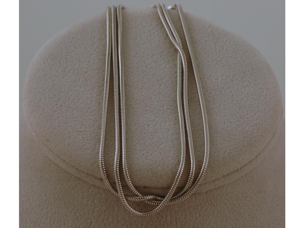 Stříbrný řetízek Leon 016