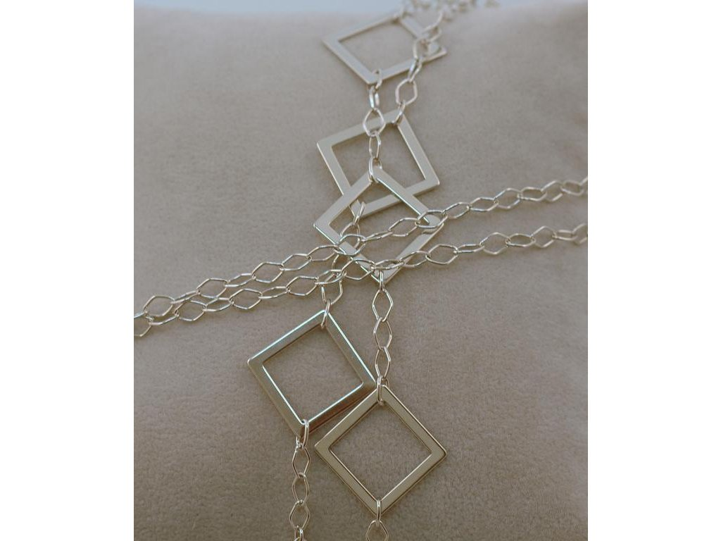 Stříbrný náhrdelník Kara