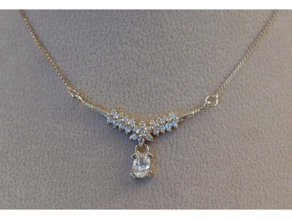 Stříbrný náhrdelník Antonie