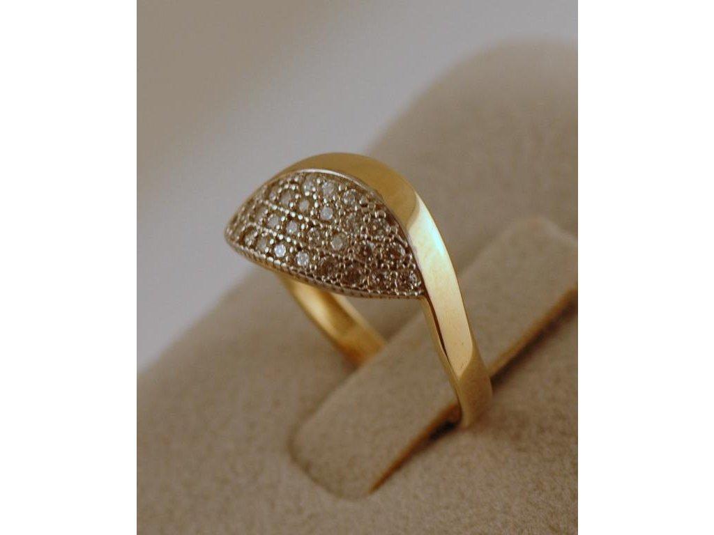 Zlatý prsten Adéla