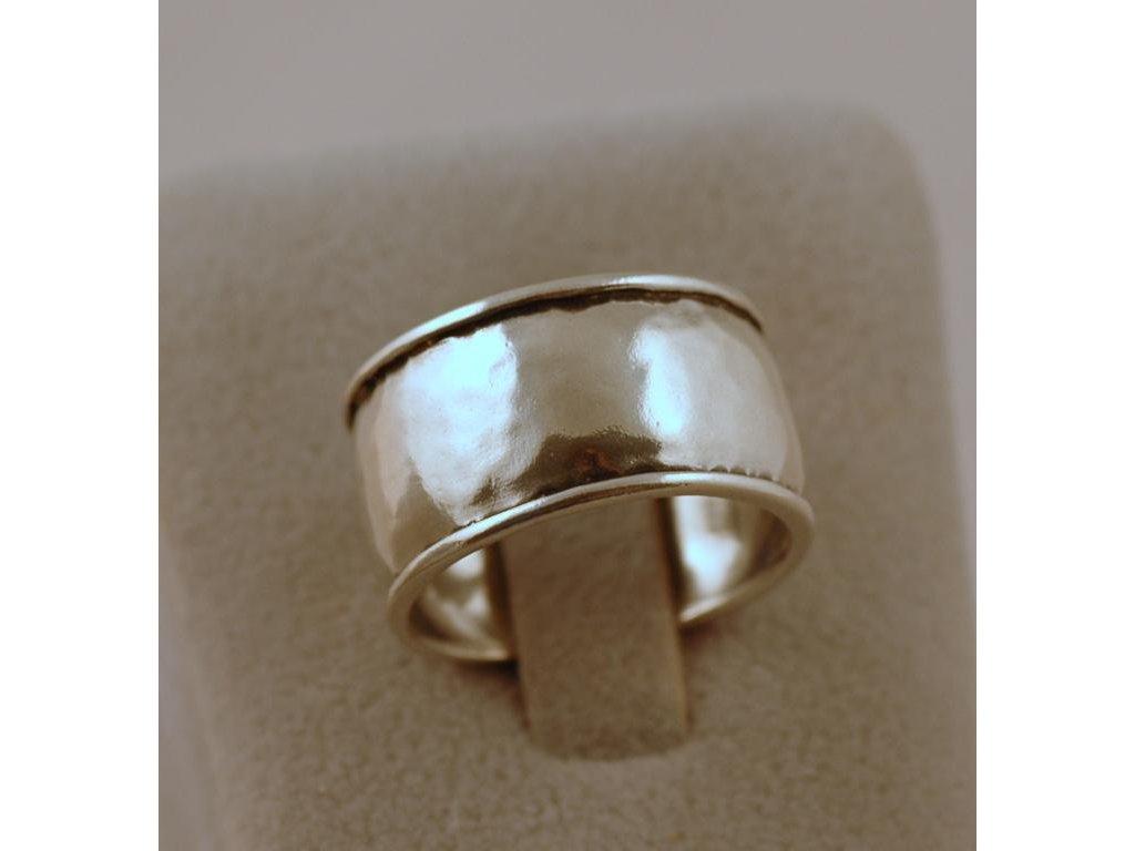 Stříbrný prsten Pelagie