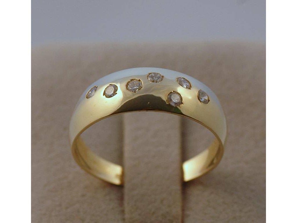 Zlatý prsten Megan