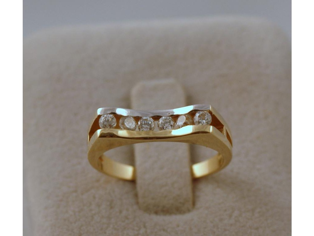 Zlatý prsten Mira