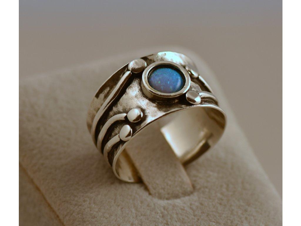 Stříbrný prsten Livius
