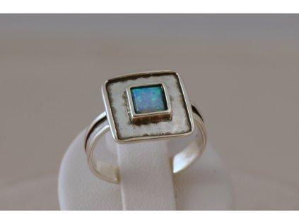 Stříbrný prsten Kiara