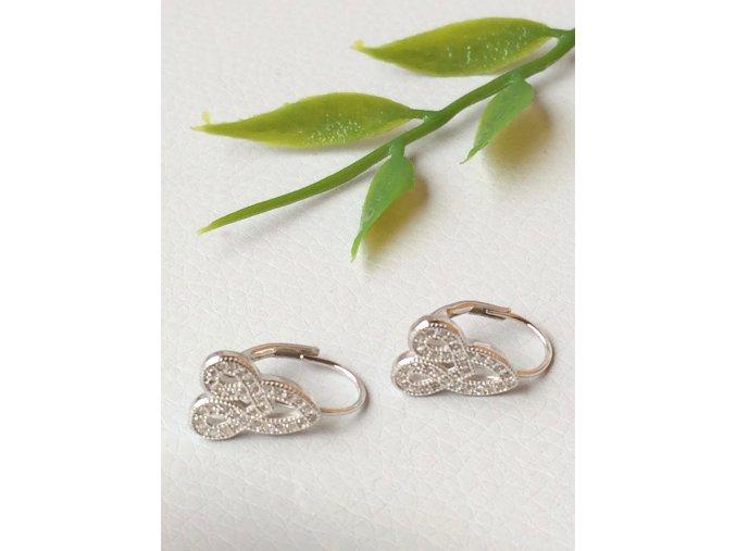 Elegantní stříbrné náušnice se zirkóny na klapku K20
