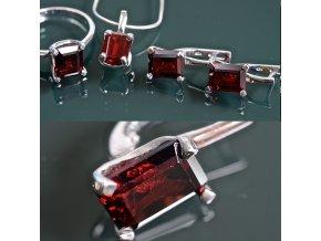 Giada 4 - granátový šperk