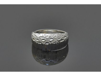 Strieborný prsteň