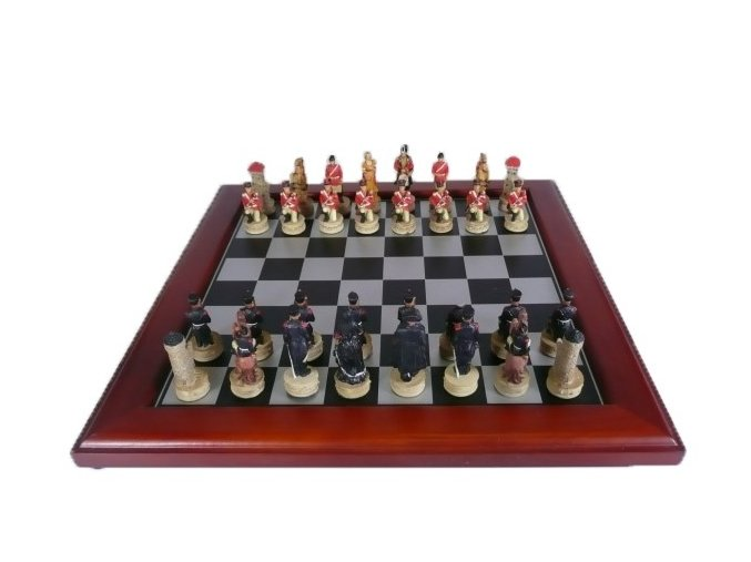 Šach WATERLOO WAR CHESS SET