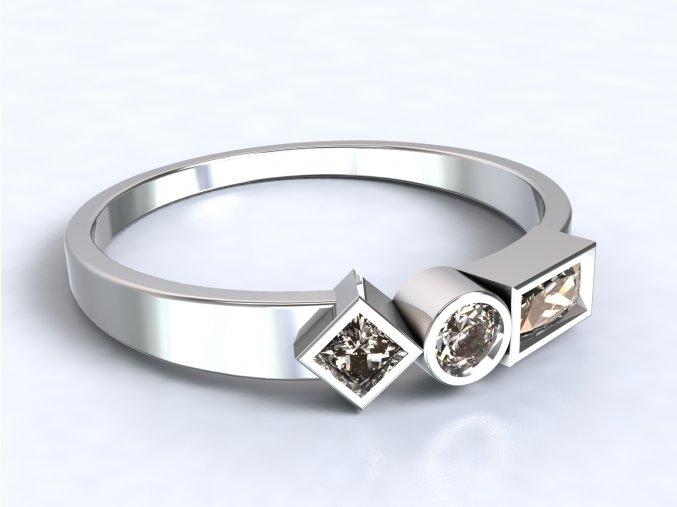Stříbrný prsten geometrie