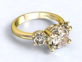Zlatý prsten se třemi kameny