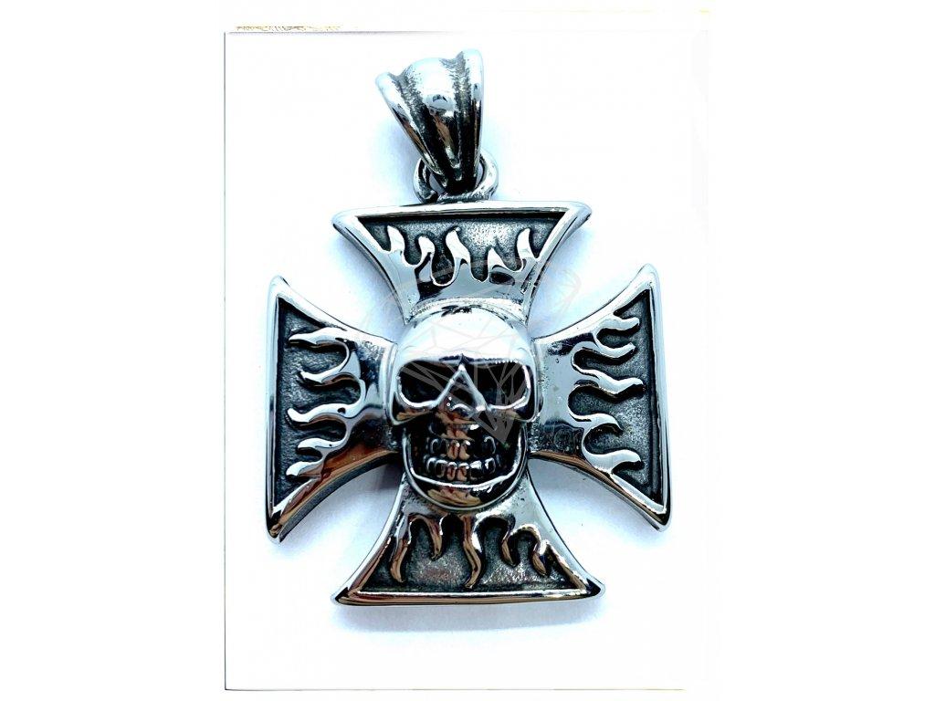 (O3106) Ocelový přívěs MALTÉZSKÝ KŘÍŽ S LEBKOU/plameny 3,5 x 3,5 cm