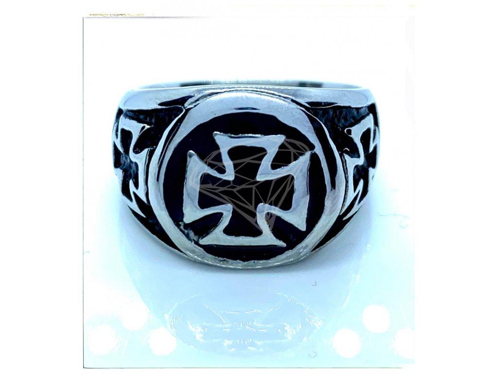 (O102) Ocelový pánský prsten MALTÉZSKÝ KŘÍŽ 2