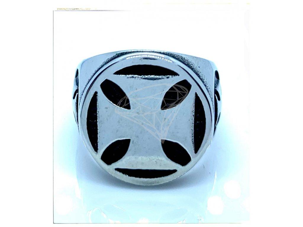 (O104) Ocelový pánský prsten MALTÉZSKÝ KŽÍŽ 4