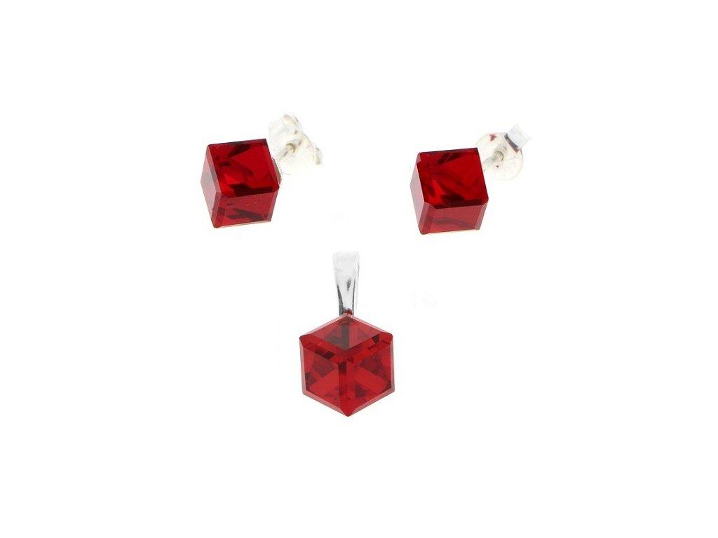 Striebonrá súprava Swarovski kocky červená