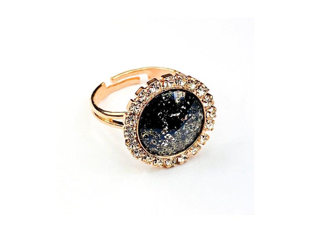 swarovski prsteň strasovy pozlateny tmavy