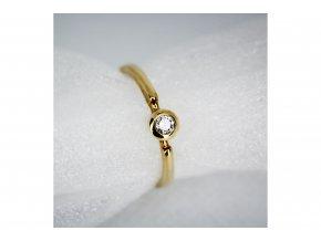 Prsten s diamantem