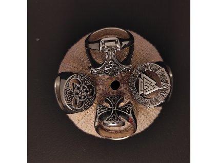 Prsten s keltskými symboly Thorovo kladivo, Valknut, Trojitý uzel a Keltský kříž