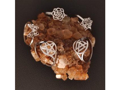 Decentní prsten z chirurgické nerez oceli 316L - tématika víly - symboly květin, motýlek, sova, Valknut, Pentagram