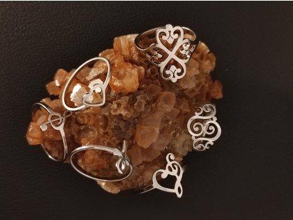 Decentní prsten z chirurgické nerez oceli 316L - symboly spirály, Nilský egyptský kříž Anch, houslový kříž, srdíčko