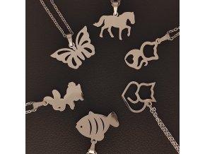Decentní jemné řetízky s přívěskem z chirurgické nerez oceli 316L - symboly zvířata - motýl, kůň, kočka, králík, ryba