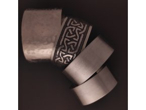 Ručně vyrobené keltské náramky z chirurgické nerez oceli