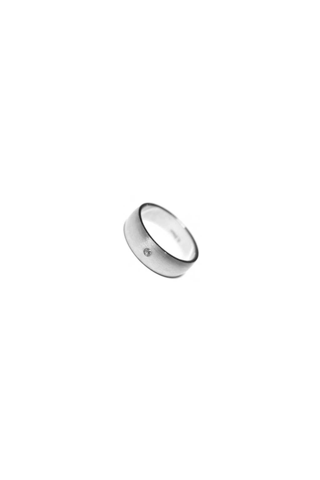 Skalimar Prsten z chirurgické oceli MATNÝ KROUŽEK S DROBNÝM KŘIŠŤÁLKEM 212054