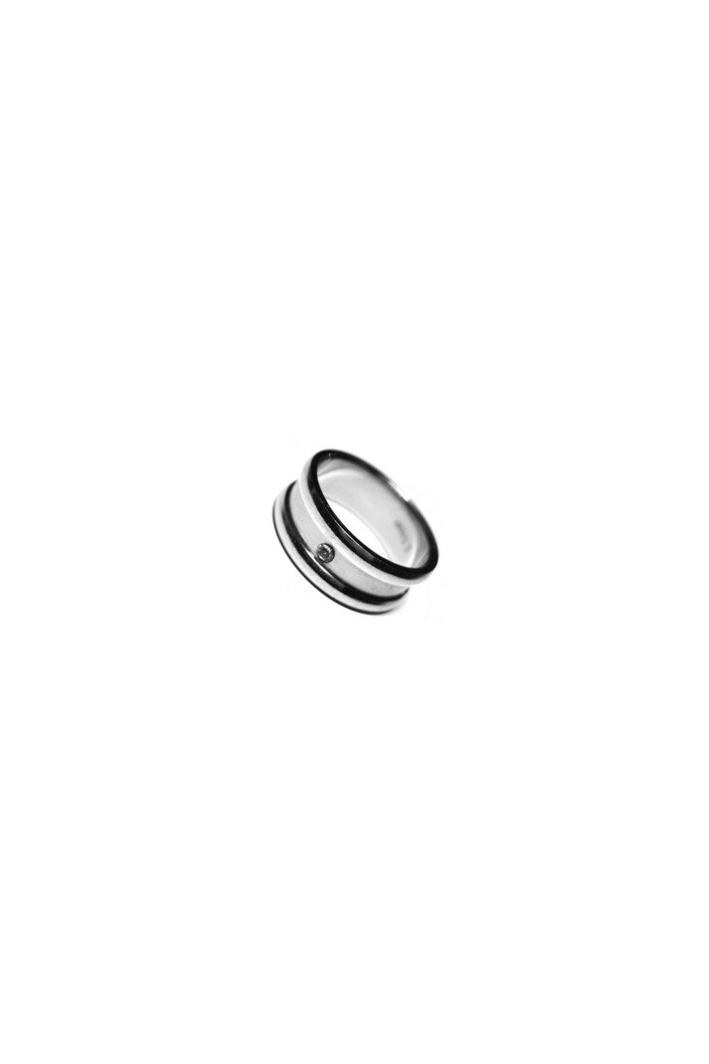 Skalimar Prsten z chirurgické oceli S PROUŽKY A ZIRKONEM 212059