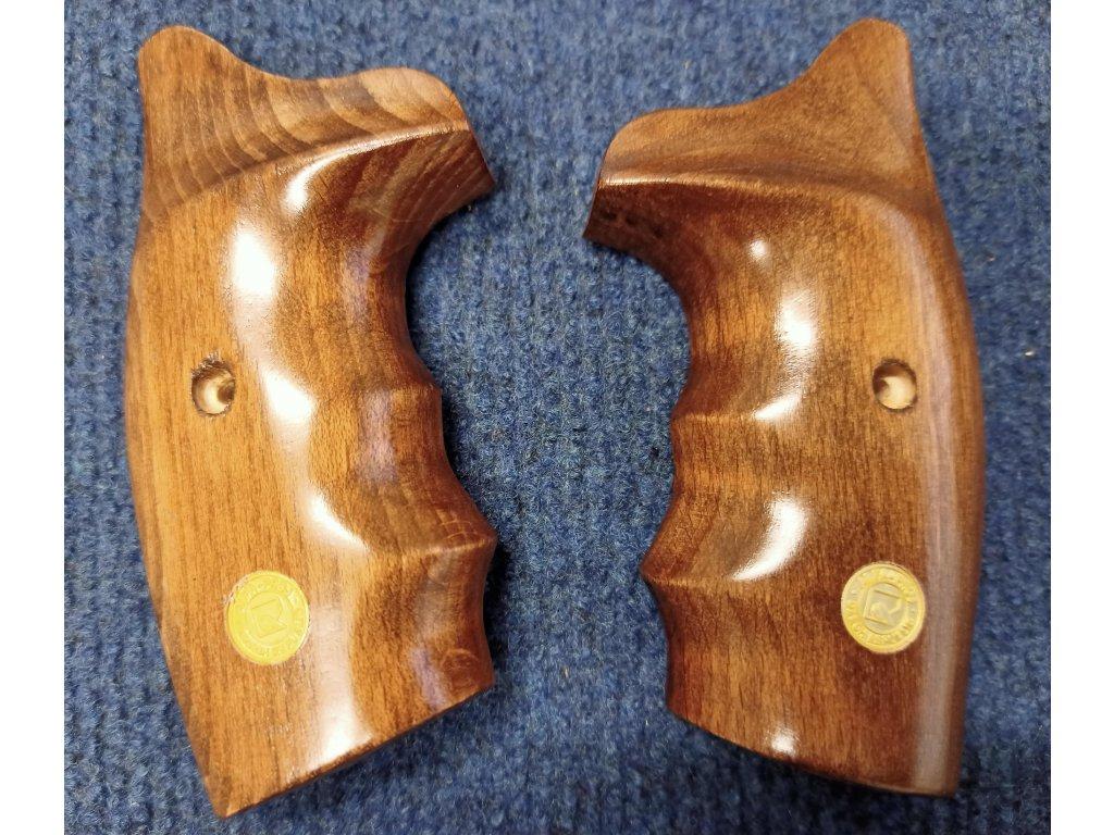 Střenky dřevěné pro flobertky Alfa