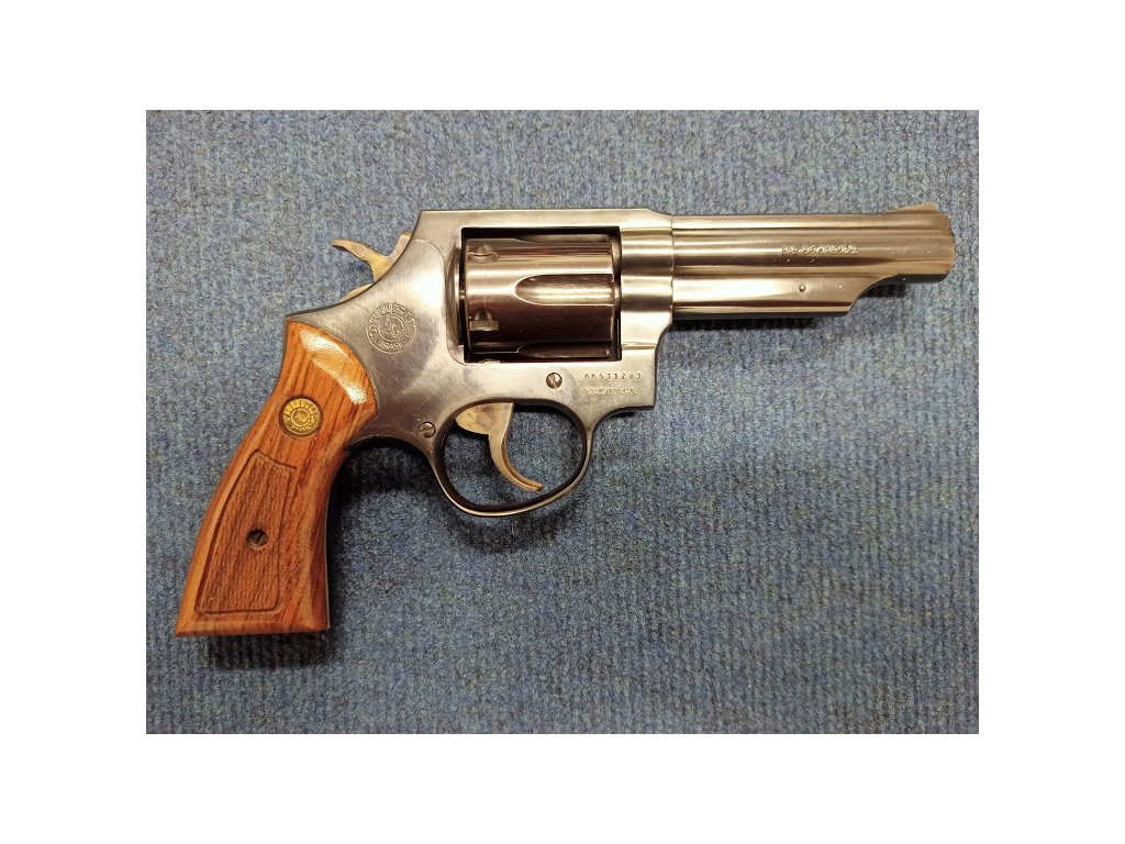 revolver taurus 1